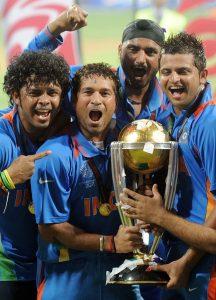 Sachin srisanth Harbhajan and Raina with the cup