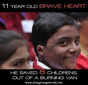 11 Years Old Brave heart Om Prakash Yadav saved 8 lives from a burning van