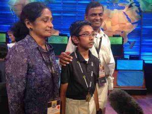Rishi Nair with parents@dontgiveupworld