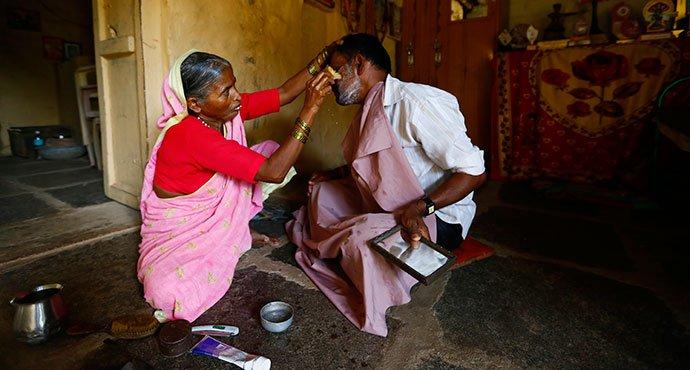 Shantabai-barber@dontgiveupworld